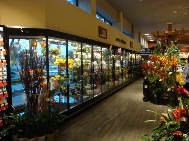 17 Door Borgen Manufacturing Systems Floral Case