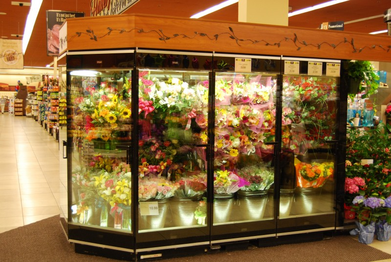 ... 6 door floral cooler with flower buckets - Borgen Systems
