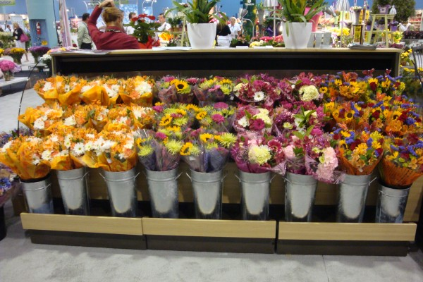Floral display case with pullout drawer from Borgen Systems