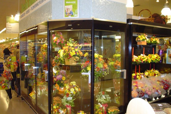 5 door wrapped floral case - Borgen Merchandising Systems