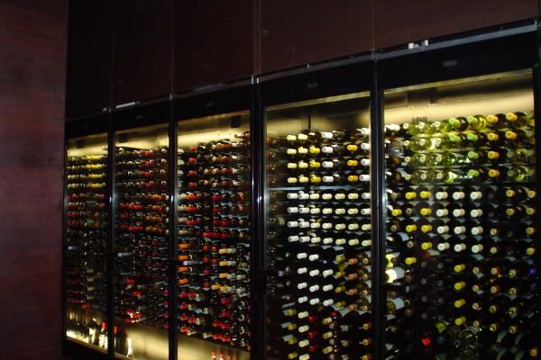 Borgen Merchandising Systems retail wine display